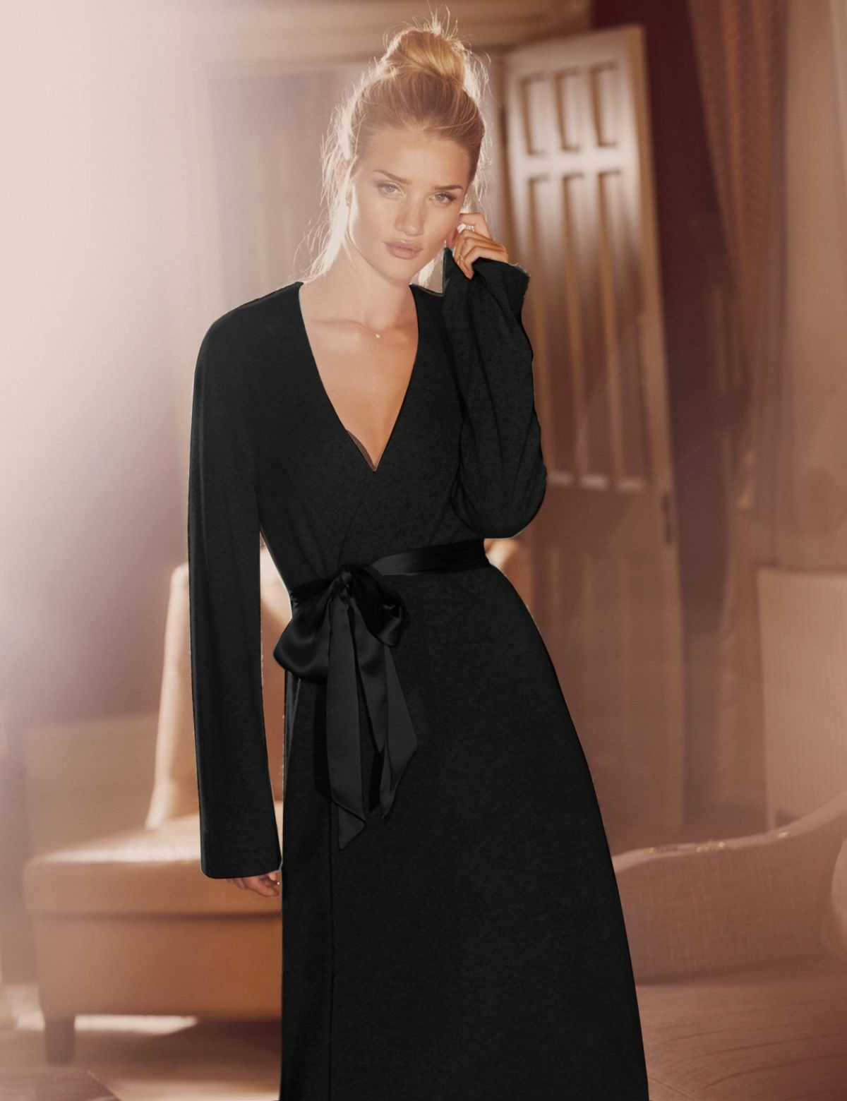 rosie-huntington-whiteley-marks-spencer-rosie-for-autograph-collection_71